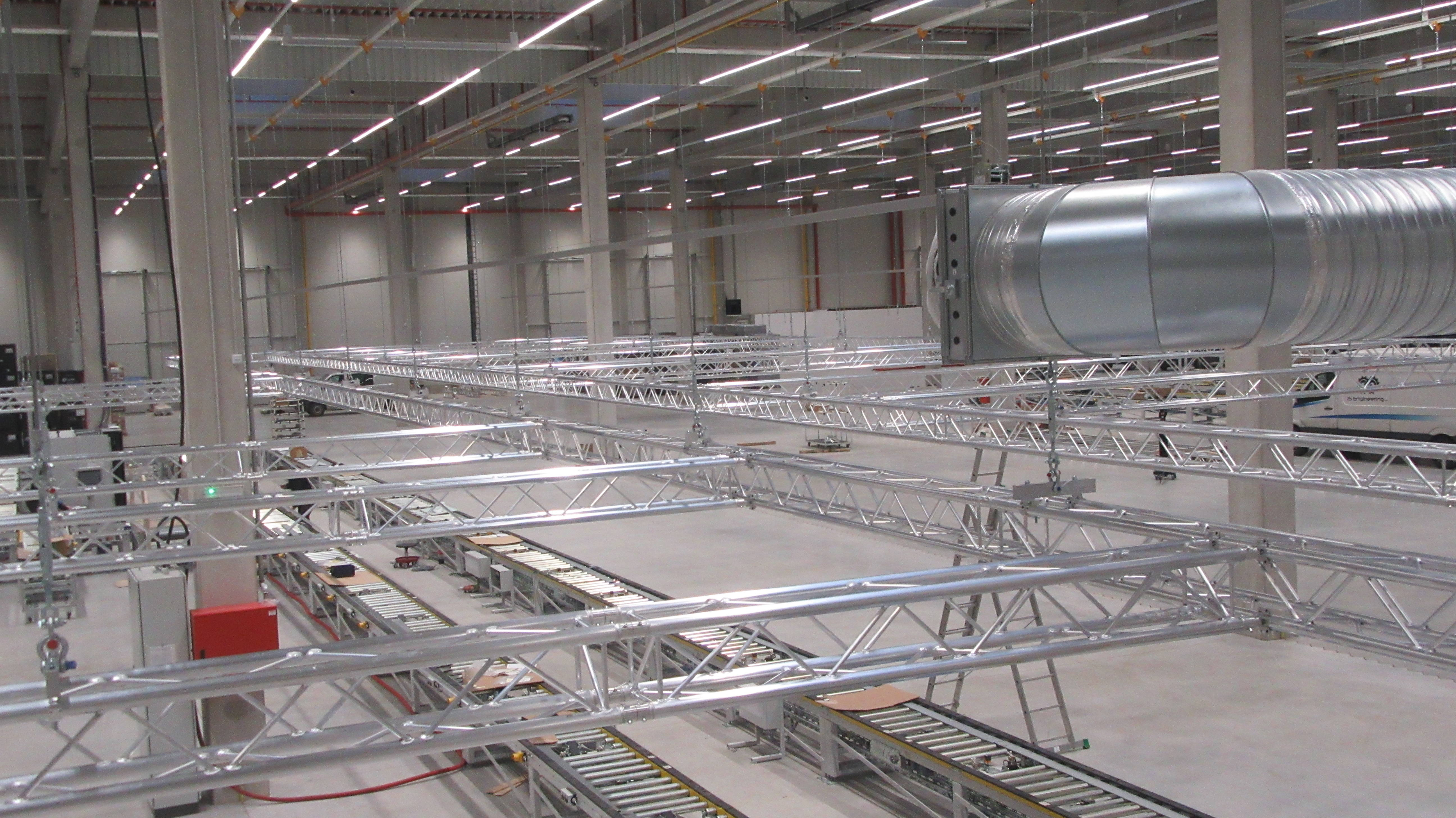 Lear puts their trust in MILOS truss